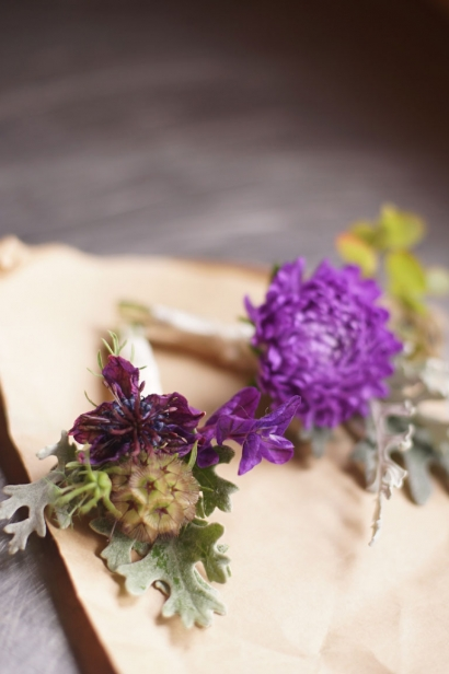 Behind Edible Ottawa's Cover: bouquets Roots and Shoots Farm composes for local brides.